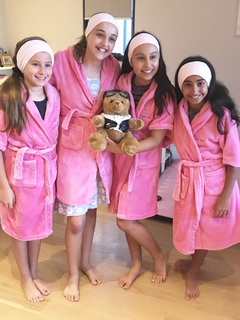 Group photo of girls enjoying a spa party, pamper party by Angel's Teepees Sydney